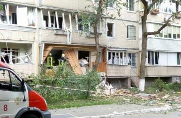 В Киеве в результате взрыва в многоэтажке погиб человек