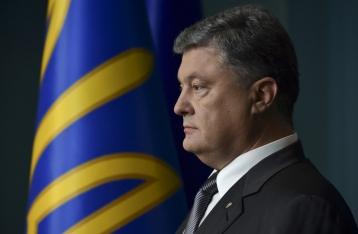 Порошенко: Санкции против РФ будут действовать до полного освобождения украинской земли