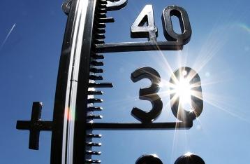 Розенко призвал работодателей перенести рабочий график из-за жары