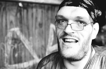 Известный украинский музыкант умер во время концерта