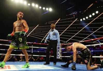 Ломаченко победил Педрасу и стал обладателем двух поясов