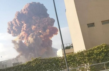 В Бейруте произошел мощный взрыв: масштабные разрушения, есть погибшие