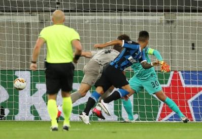 «Интер» разгромил «Шахтер» в полуфинале Лиги Европы