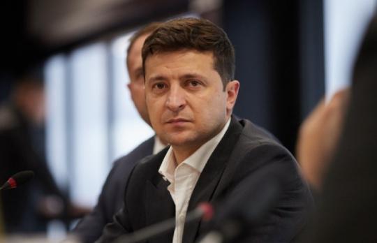 Президент Украины отстранил от должности председателя Конституционного Суда по подозрению в коррупции