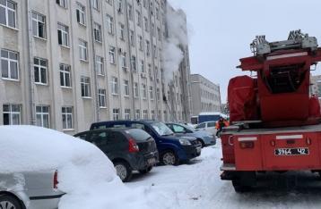 В Ривном произошел пожар в здании ОГА