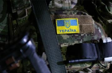 На Донбассе из-за обстрелов боевиков погиб военный