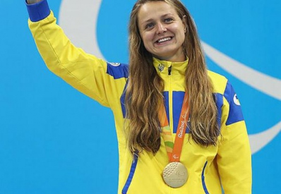 Пловчиха Анна Стеценко завоевала для Украины третью золотую медаль Паралимпиады