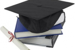 Дипломы украинских чиновников проверят на подлинность