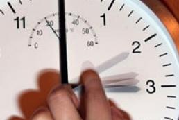 С отменой перевода часов местные власти смогут определять границы рабочего дня