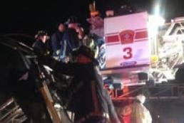 В США автобус со школьниками врезался в мост