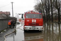 На Закарпатье затопило трассу Киев – Чоп