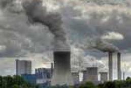 Дихаємо глибше: Чи реально скоротити викиди заводів?