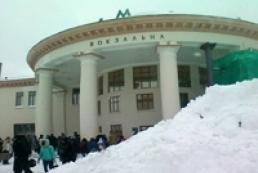 Через негоду потяги прибувають до Києва із запізненням