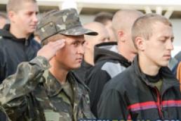 Навесні до армії призвуть близько 7,5 тисяч осіб