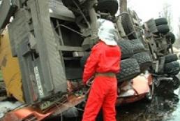 У Севастополі бензовоз впав на легковик: є загиблі