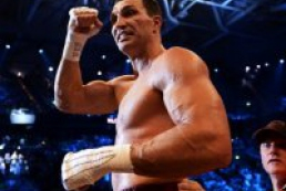 Кличко защитил титулы чемпиона