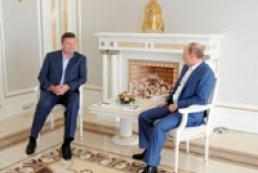 В Кабмине рассказали, о чем Янукович говорил с Путиным