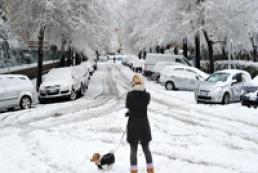 Накануне лета в Европе выпал снег