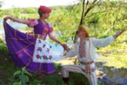 Україна-Білорусь: Дружба, трактори та цукерки