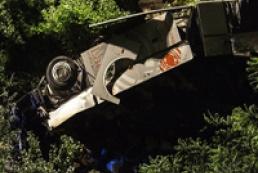 В Италии автобус упал с моста, погибли 36 паломников
