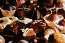 Росія заборонила постачання цукерок з України
