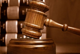 Мельника вирішили примусово доставити у суд