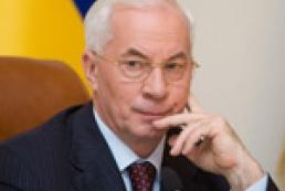Я хочу спросить киевлян: вам нужны такие политики, которые мешают строить метро на Троещину? Строить мост, строить развязку, улучшать жизнь в городе? Я хотел бы знать мнение киевлян на этот счет