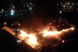 В Киеве пылал Оболонский рынок