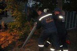 На Донбассе «копейка» влетела в колодец, двое погибших