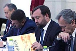 Арбузов призвал китайский бизнес инвестировать в экономику Украины