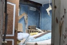 Два года «делу банды Дикаева»: милицейских начальников до сих пор судят, а попугай из отеля после штурма научился стрелять