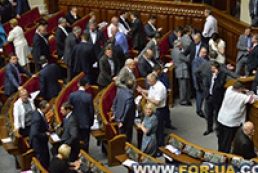 Законопроект о лечении осужденных за рубежом вернут в ВР через день-два