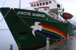 Суд оставил украинца с Arctic Sunrise под арестом