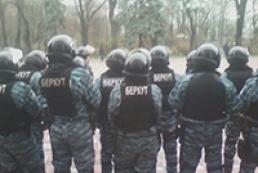 К Раде подтягивают милицию