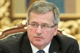 Коморовский допускает, что Украина может выполнить часть требований ЕС после Вильнюса