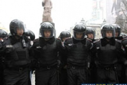 Милиция просит митингующих не поддаваться на провокации политиков