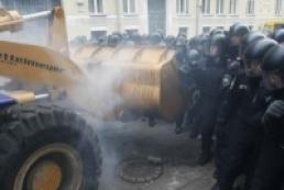 Евромайдан: Количество пострадавших милиционеров достигает сотни