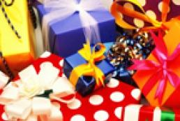 Украинцы определили худшие и лучшие подарки на Новый год