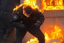 МВС заявляє про госпіталізацію 80 правоохоронців
