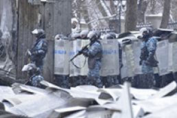 МВС: Міліція на Грушевського не стріляє картеччю