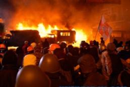 МВД: Митингующие на Грушевского нарушили перемирие