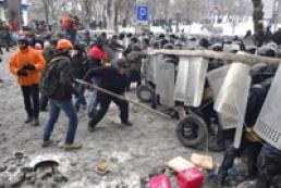 У МВД до сих пор нет свидетелей убийств на Грушевского