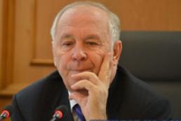 Рибак: У парламенті є три варіанти проектів змін до Конституції
