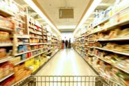 В киевских супермаркетах уверяют, что продуктов достаточно