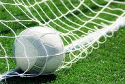Відновлення чемпіонату України з футболу відклали