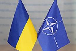 НАТО будет поддерживать суверенитет и территориальную целостность Украины