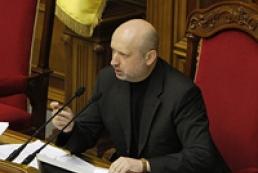 Турчинов: Военного вмешательства в Крыму не будет