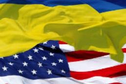 Сенат США одобрил финпомощь Украине и санкции против РФ