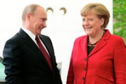 Песков: Позиции Путина и Меркель по Украине расходятся до сих пор