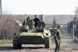 Минобороны выводит из резерва военную технику